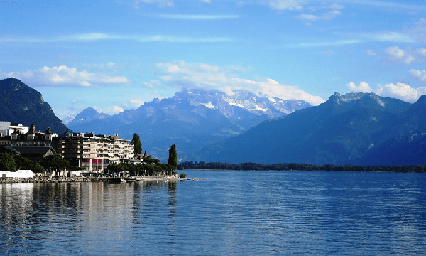 Financial advice for expats in Switzerland